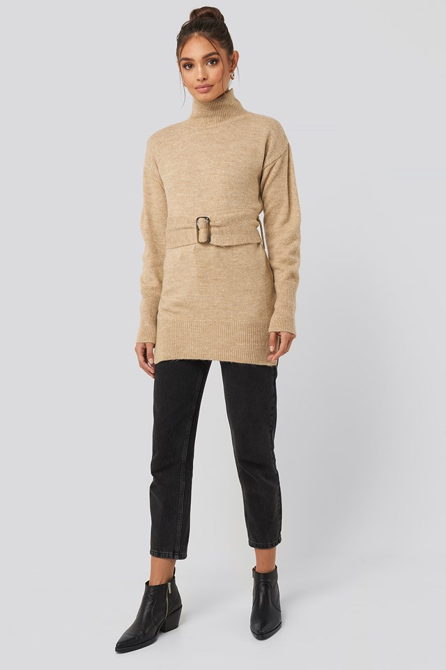 Buckle Belt Knitted Sweater Beige