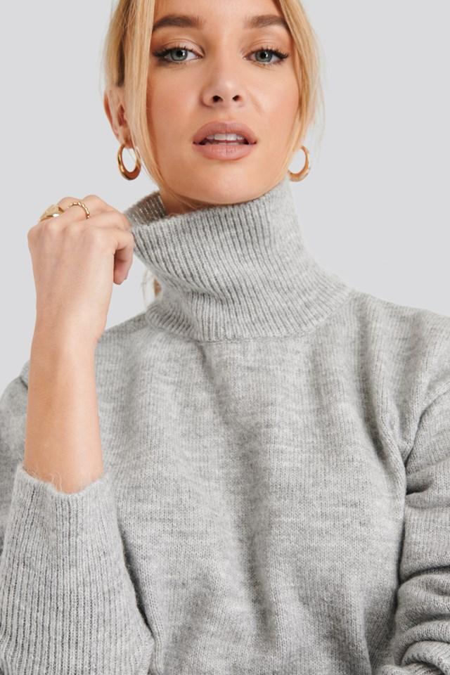 Buckle Belt Knitted Sweater Grey