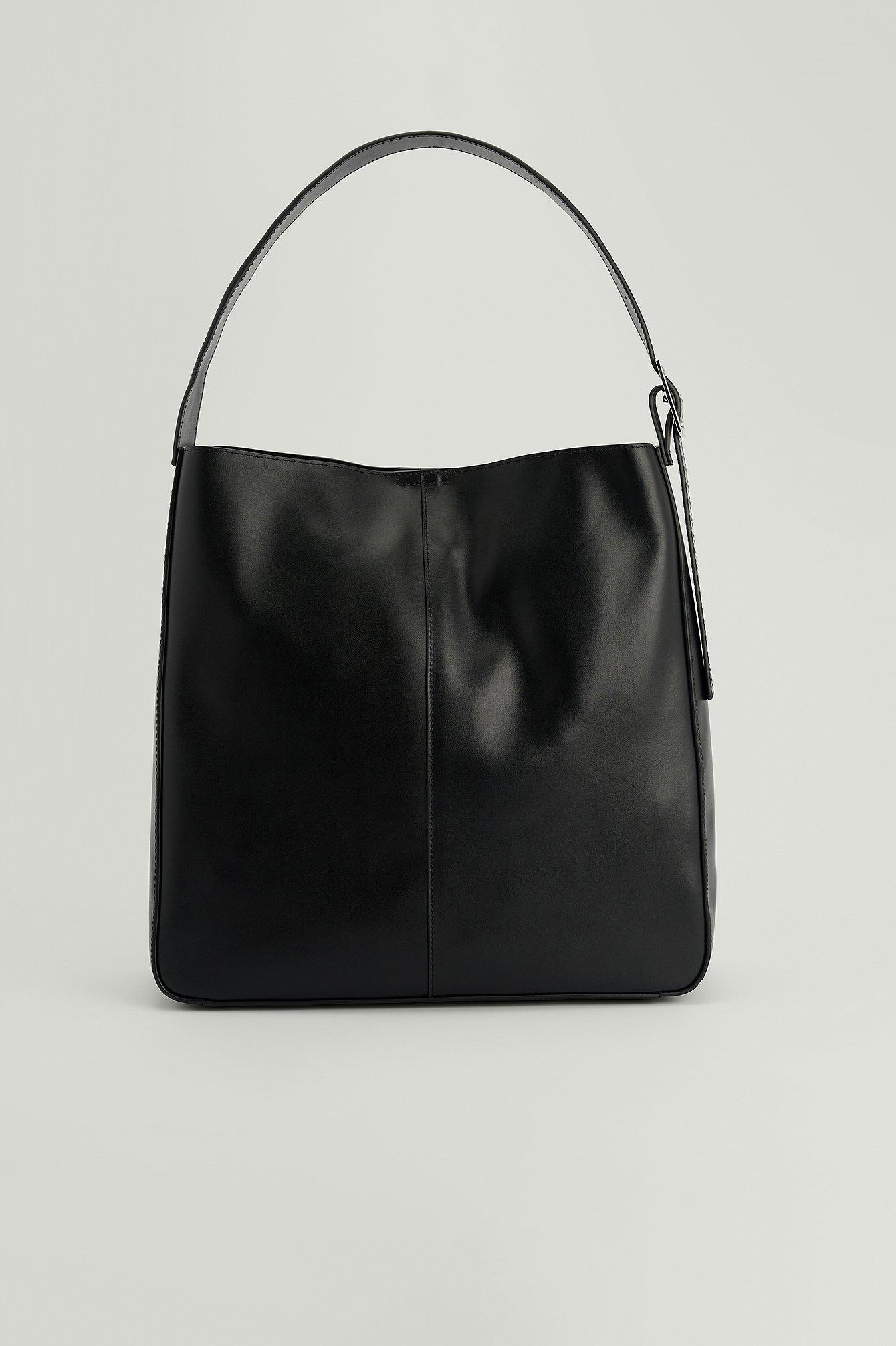 na-kd accessories -  Ledertasche Mit Schnallendetail - Black