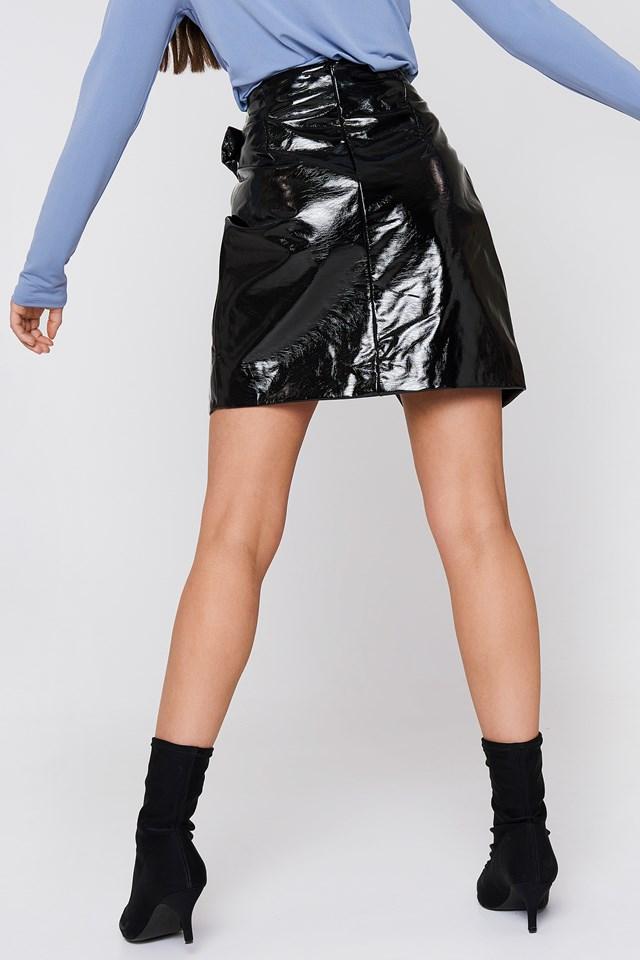 Buckle Detail Patent Skirt Black