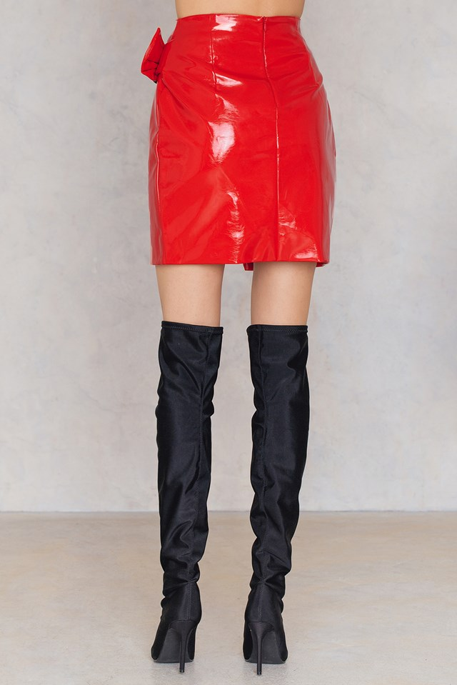 Buckle Detail Patent Skirt Red
