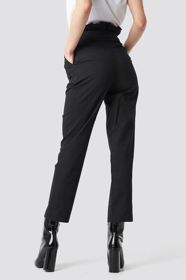 Button Detail Paperbag Pants NA-KD.COM