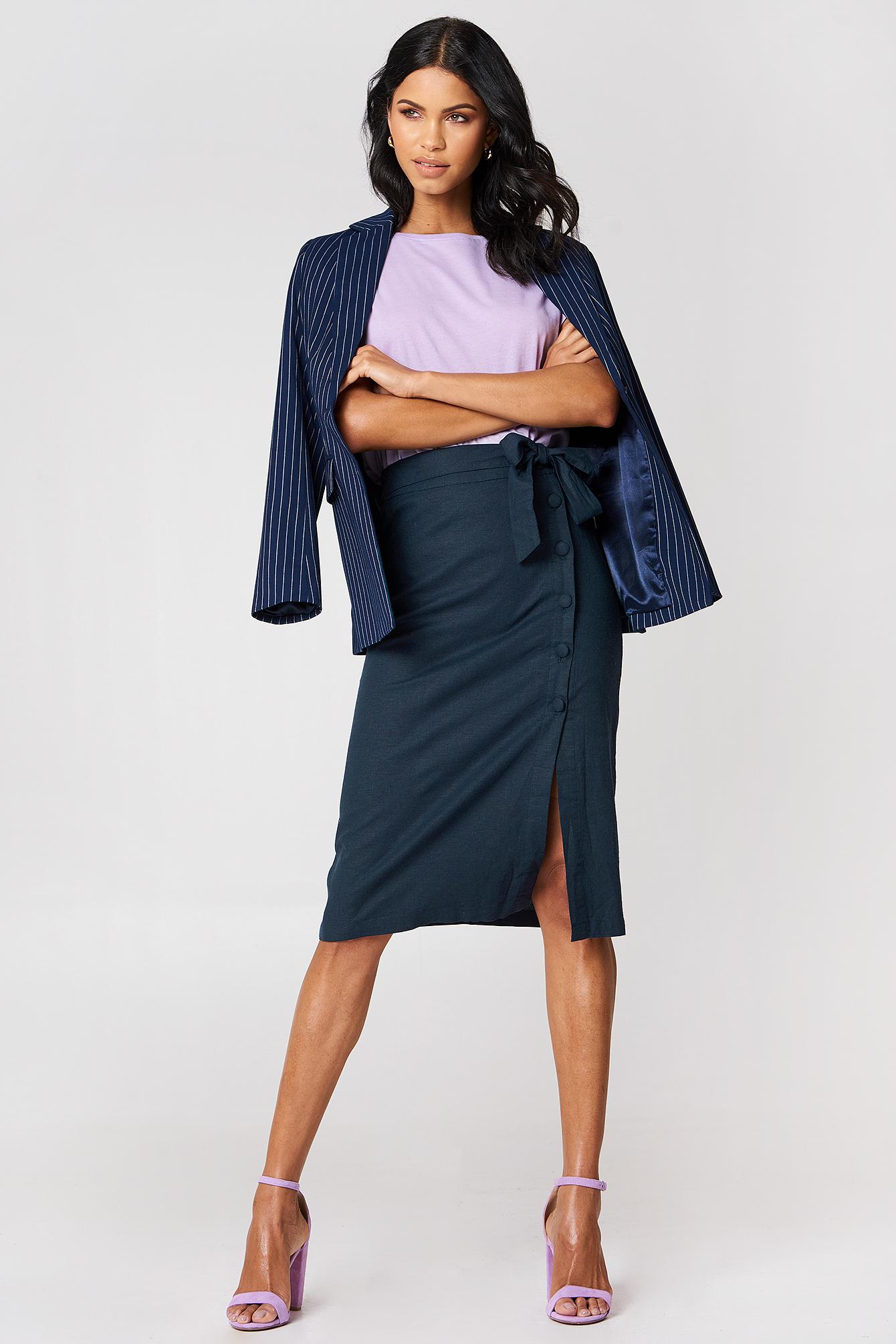 Lniana spódnica midi z guzikami NA-KD.COM