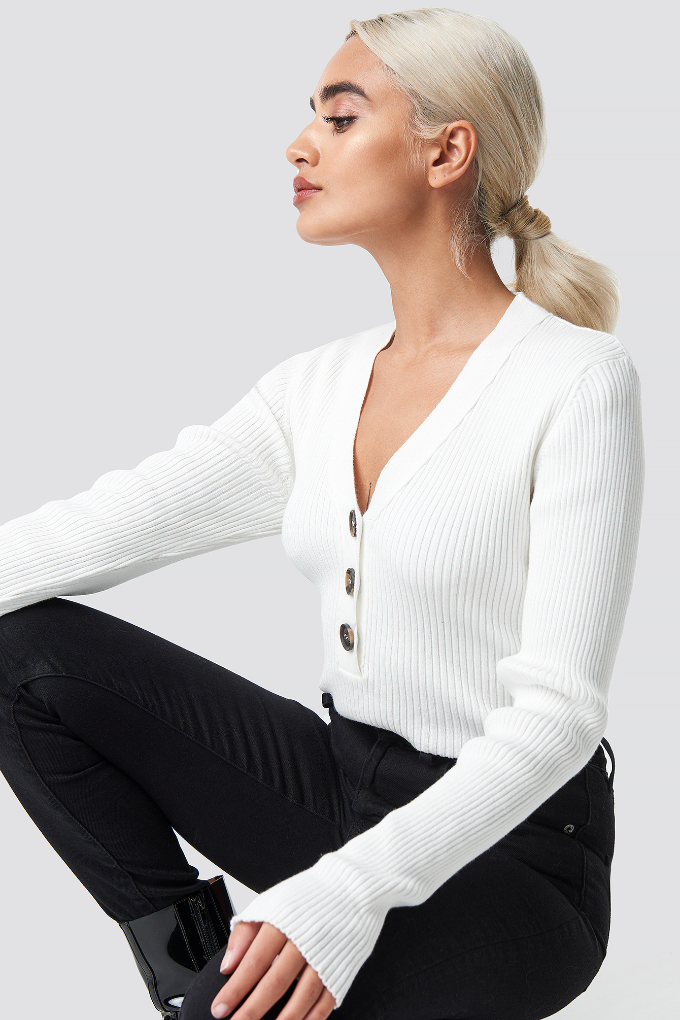 na-kd trend -  Button Up Knitted Sweater - White