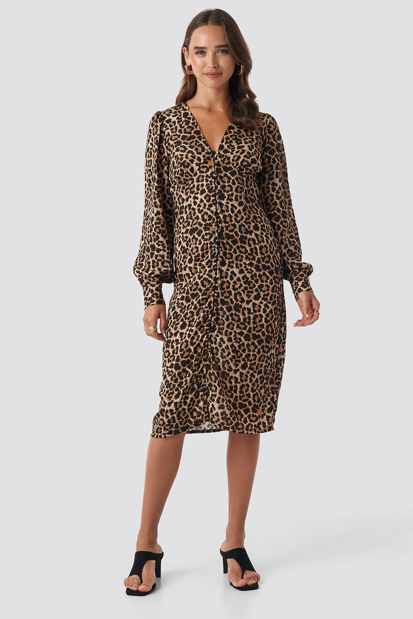 Buttoned Front V-Neck Dress NA-KD.COM