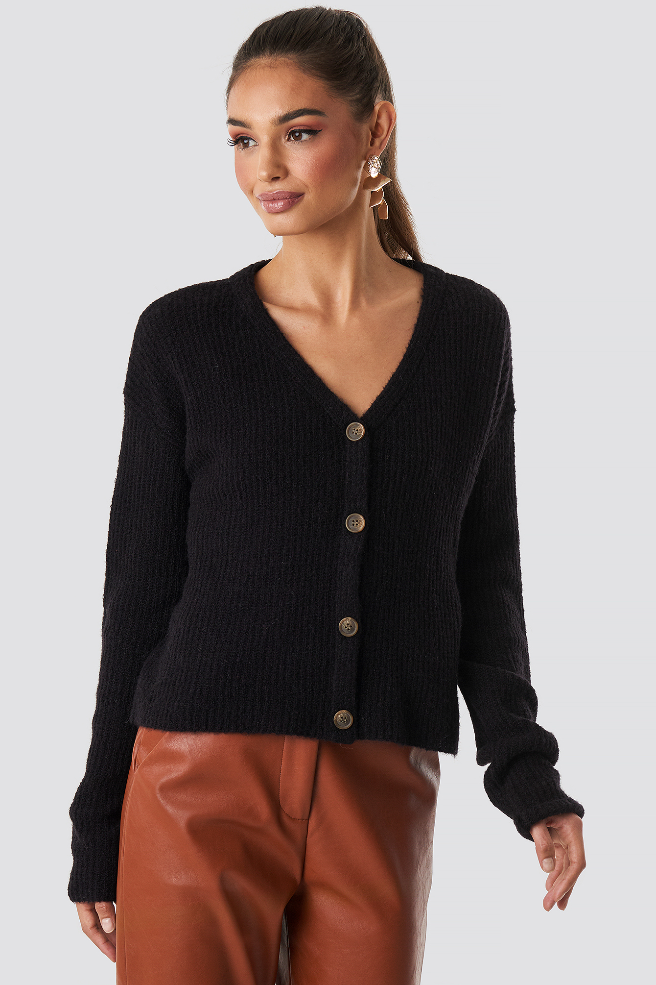 NA-KD Buttoned Knitted Cardigan - Black