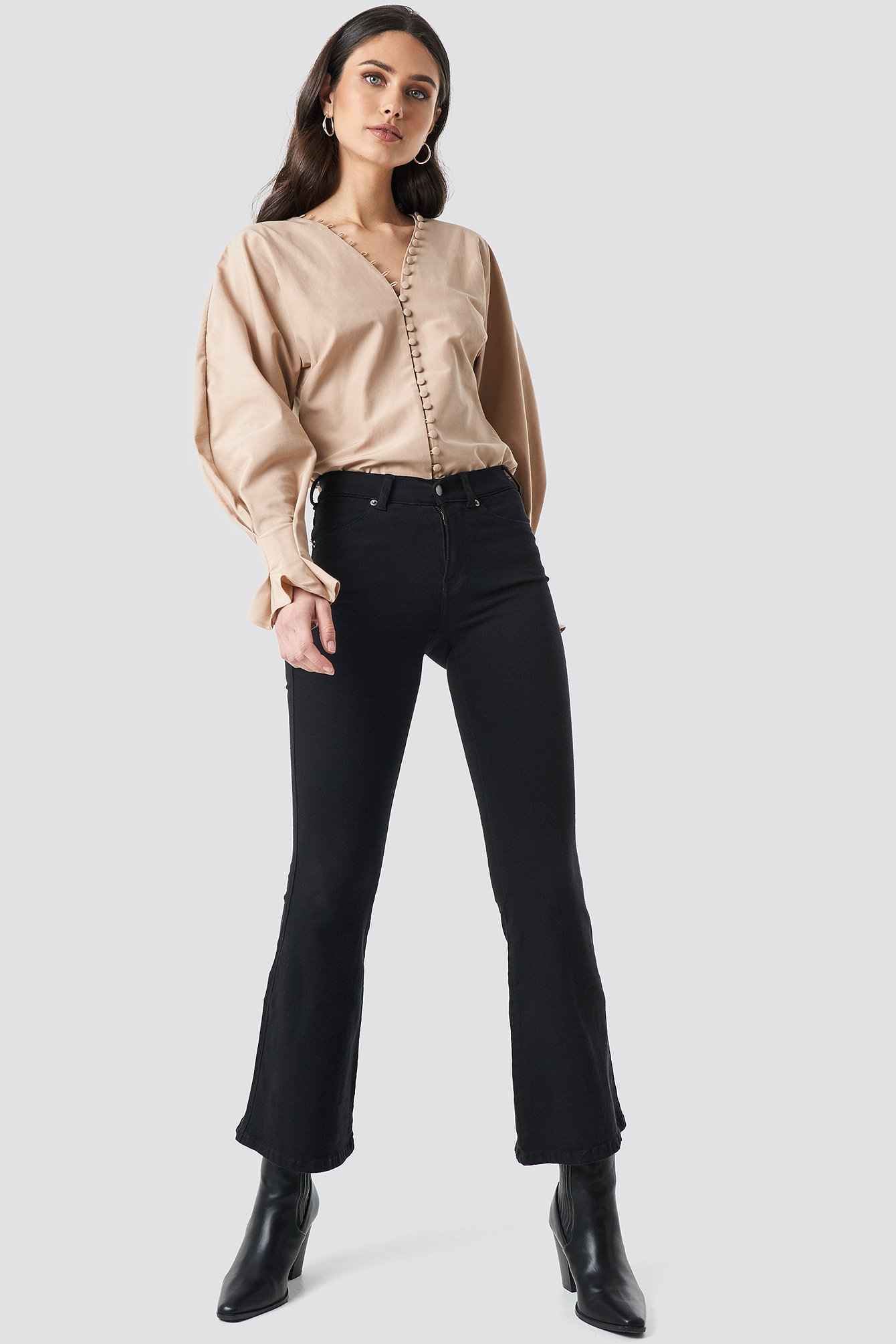 Buttoned Volume Sleeve Blouse NA-KD.COM