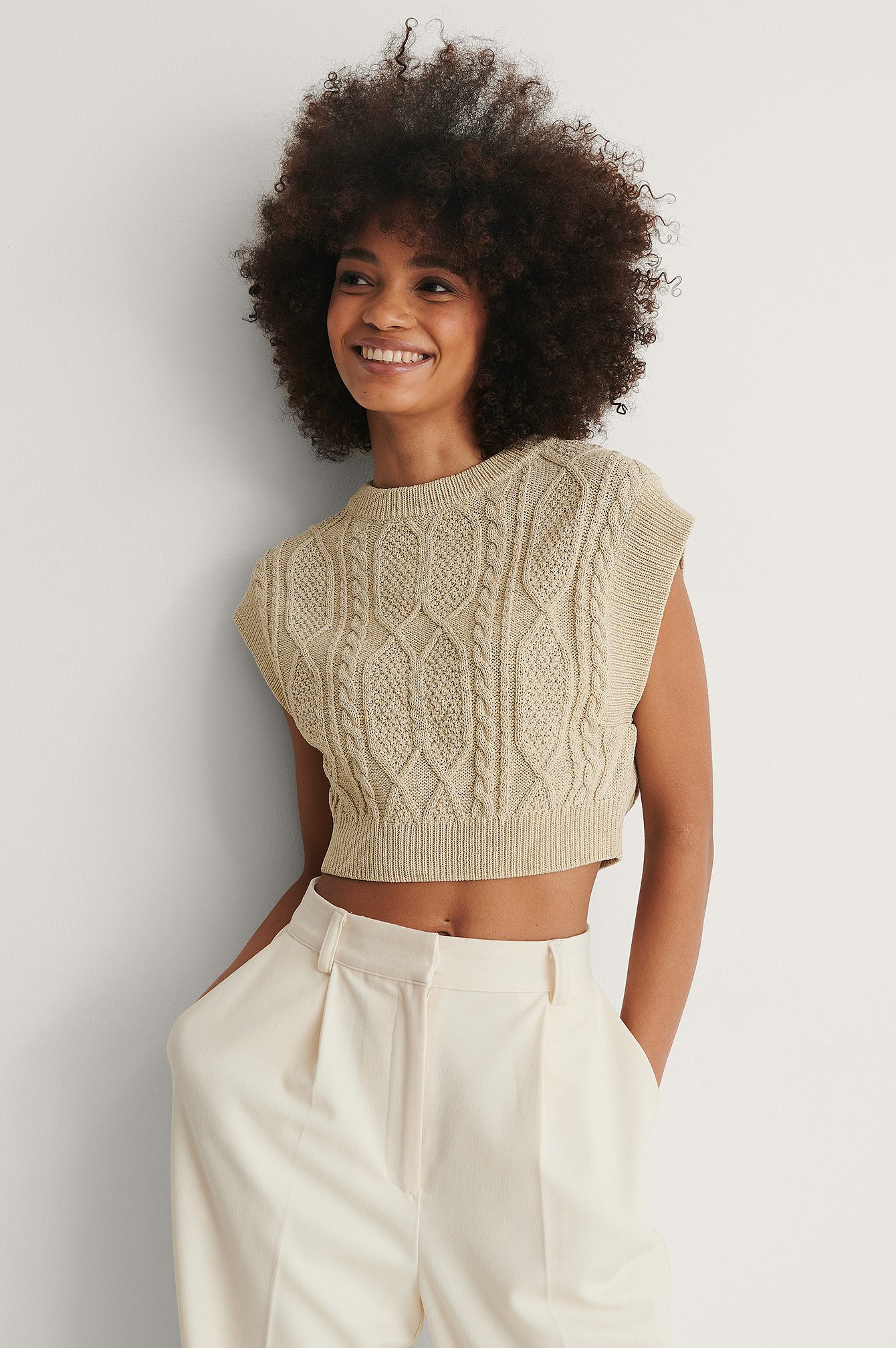 Beige Organic Cable Knitted Cropped Vest