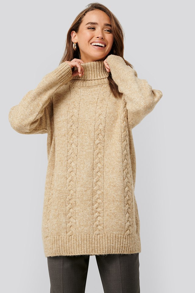 Cable Knitted Long Sweater Beige