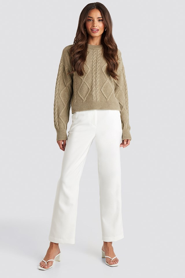 Cable Knitted Roundneck Sweater Beige