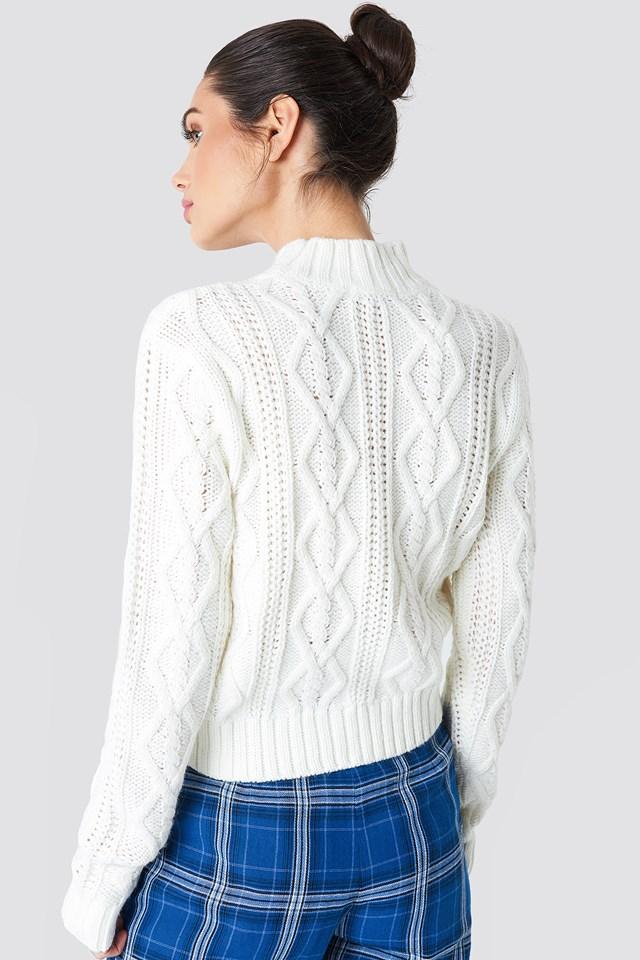 Sweter z warkoczowym splotem Offwhite