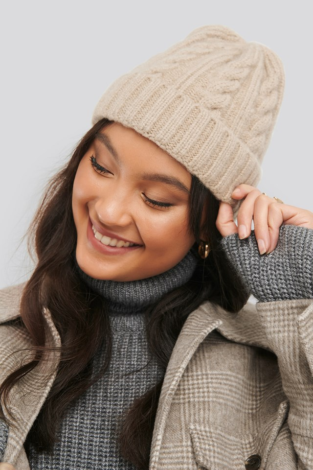 Cableknit Chunky Beanie Beige