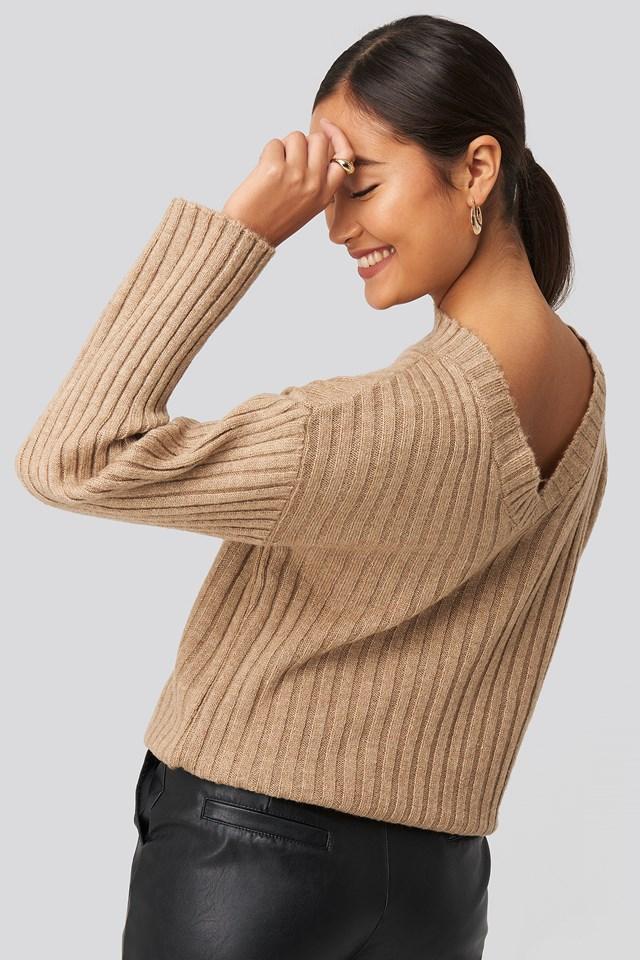 Camilla Frederikke Open Back Knitted Sweater Beige