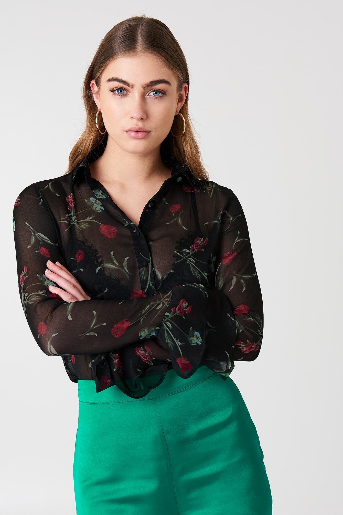 Szyfonowa bluzka z rękawami z falbaną NA-KD.COM