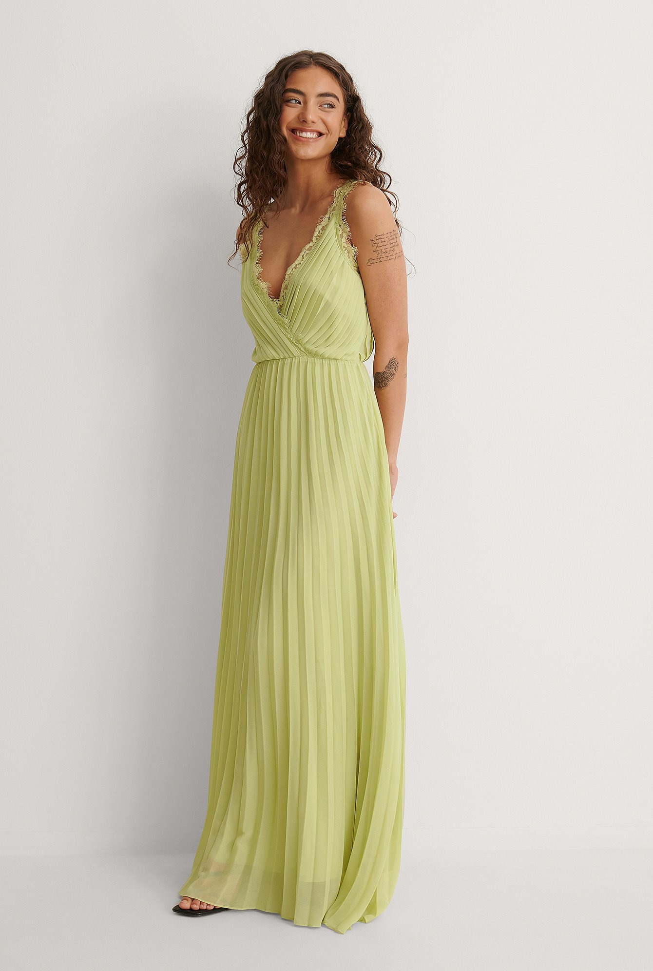 Dusty Green Chiffon Volume Maxi Dress