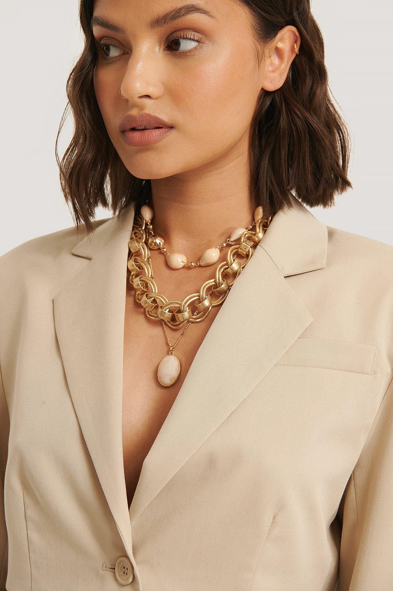 na-kd accessories -  Chunky Chain Muschel-Halsketten - Gold