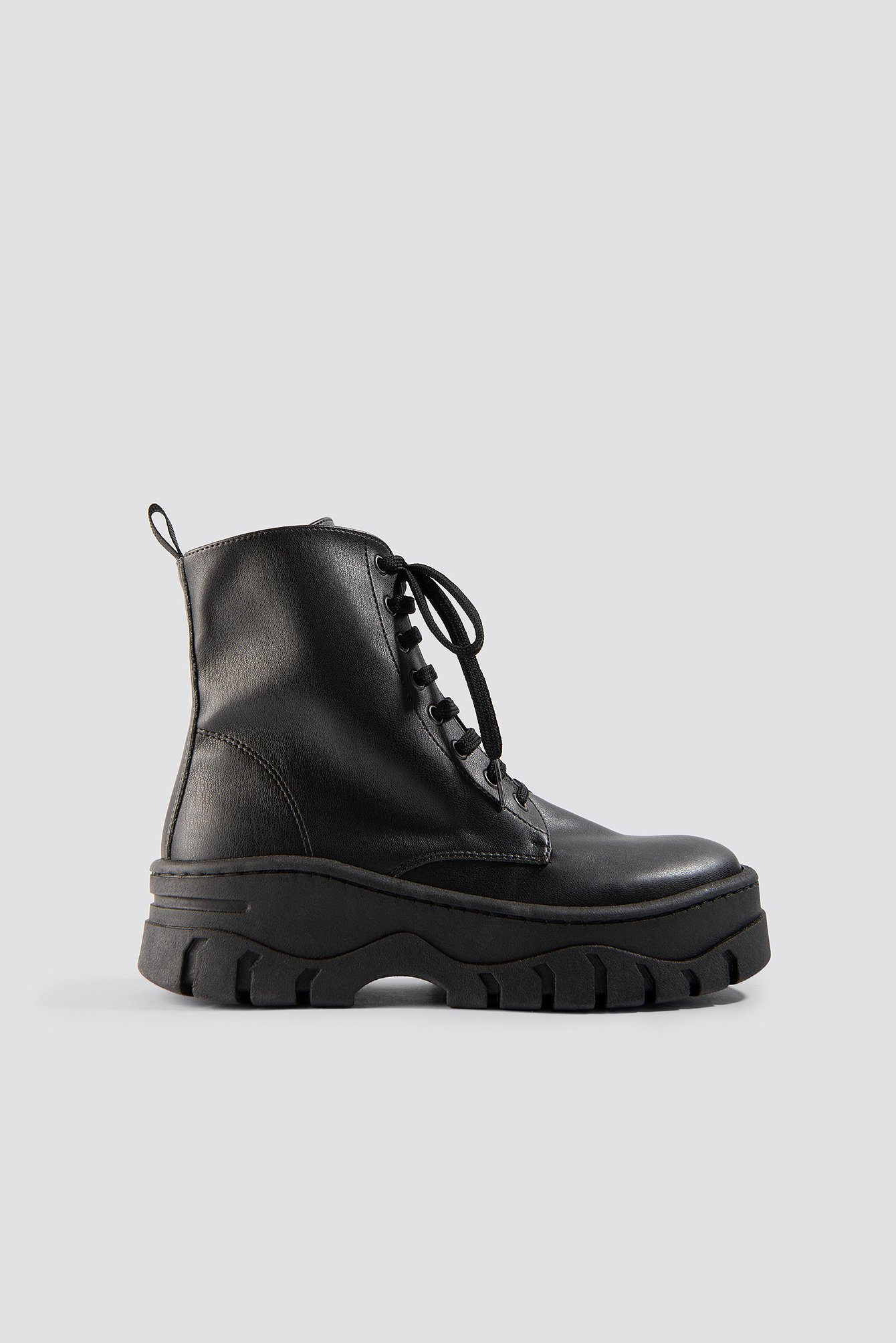 50a13187396b Chunky Profile Combat Boots Black