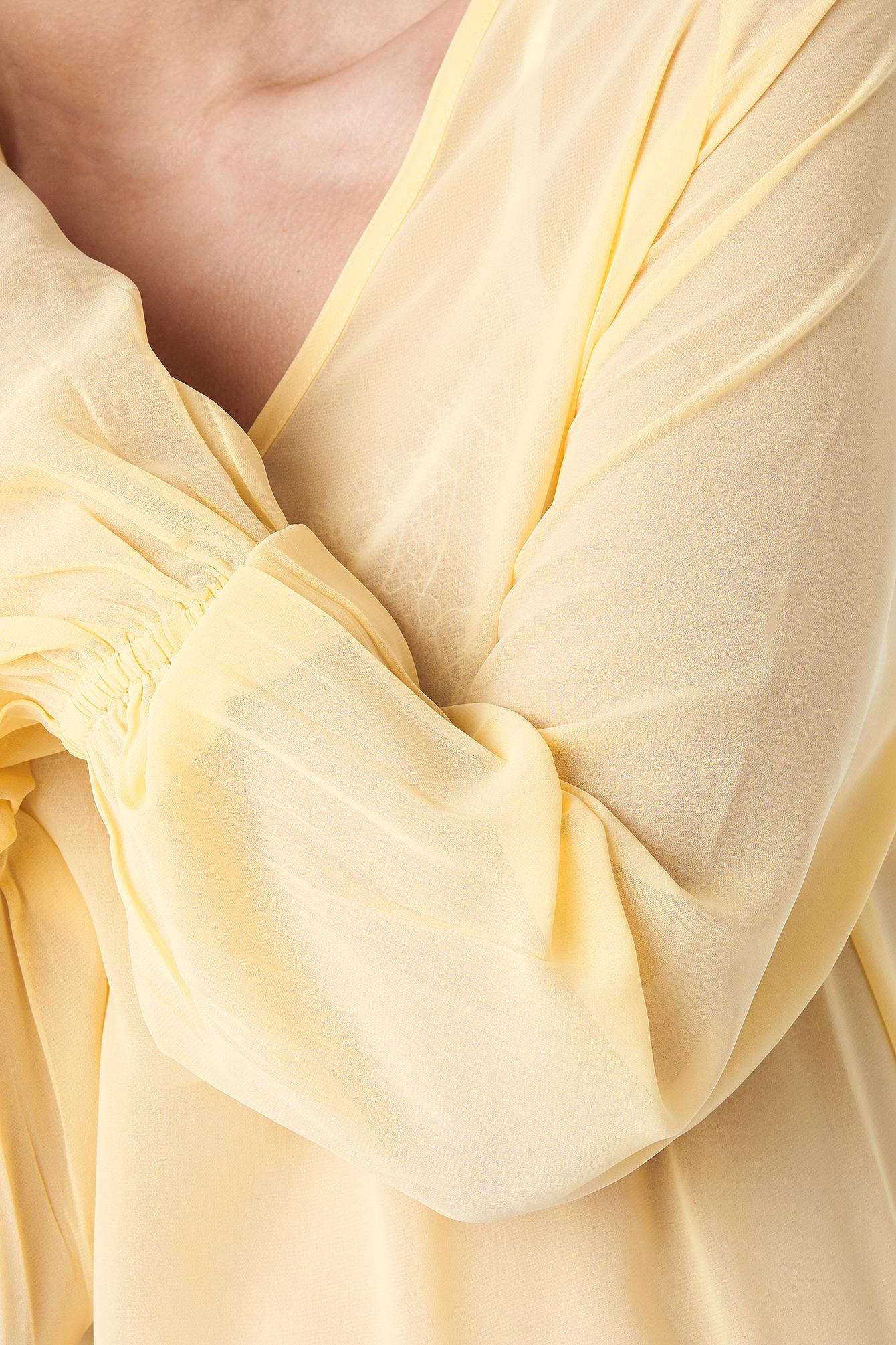 Chiffon V-neck Frill Sleeve Blouse NA-KD.COM