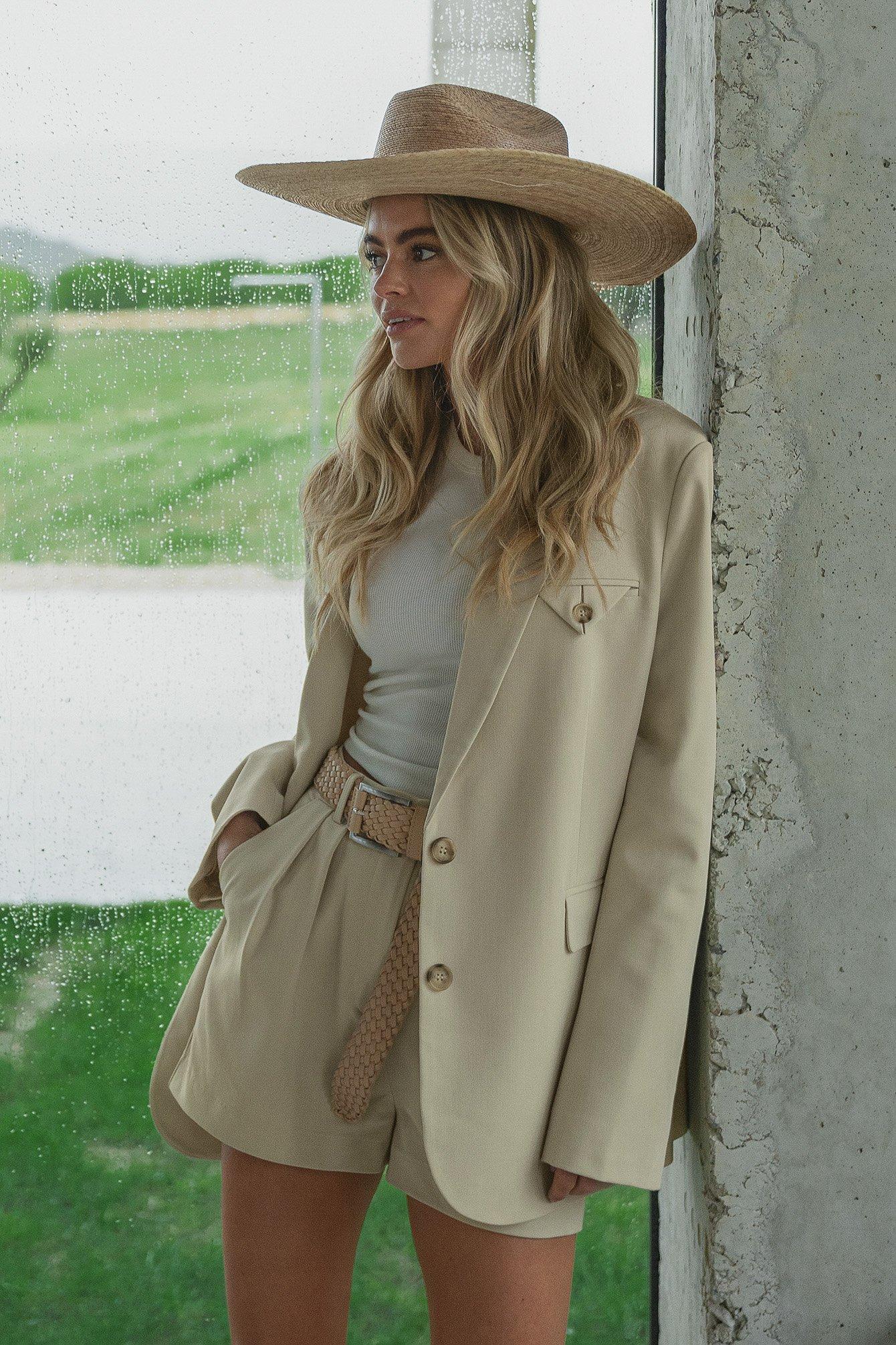 claire rose x na-kd -  Blazer Mit Oversize-Taschendetail - Beige