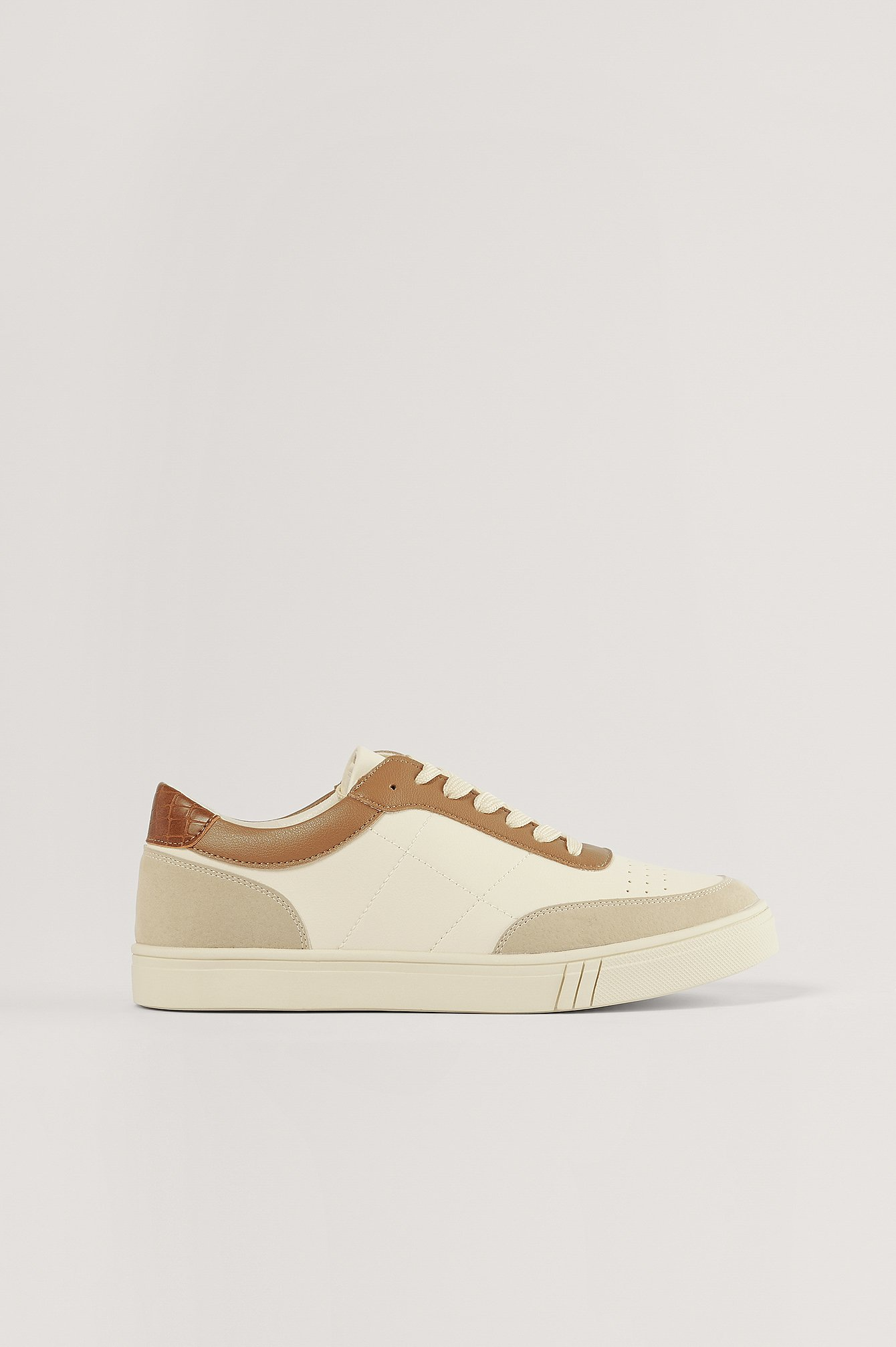 Beige/Brown Sneakers