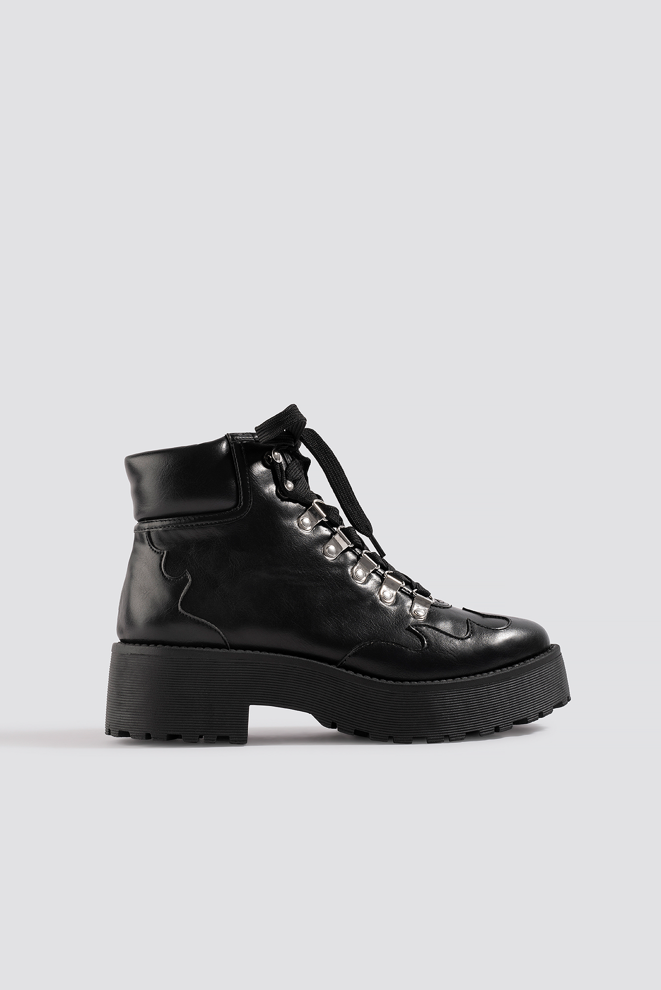 na-kd shoes -  Cleated Western Detail Laceup Ankle Boot - Black