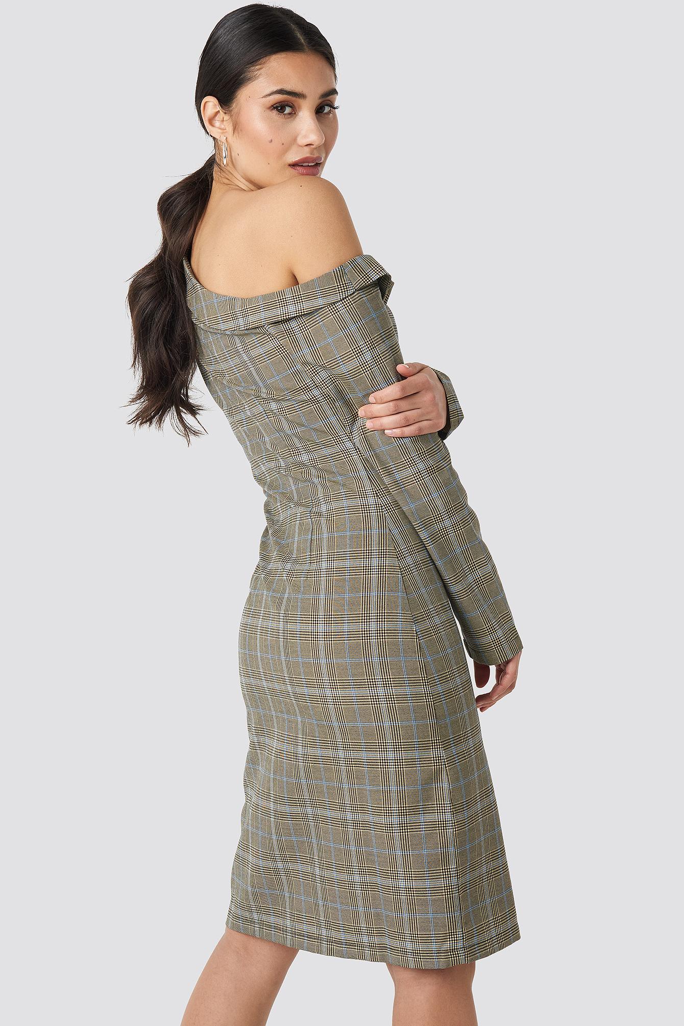 Cold Shoulder Cut Out Midi Dress NA-KD.COM