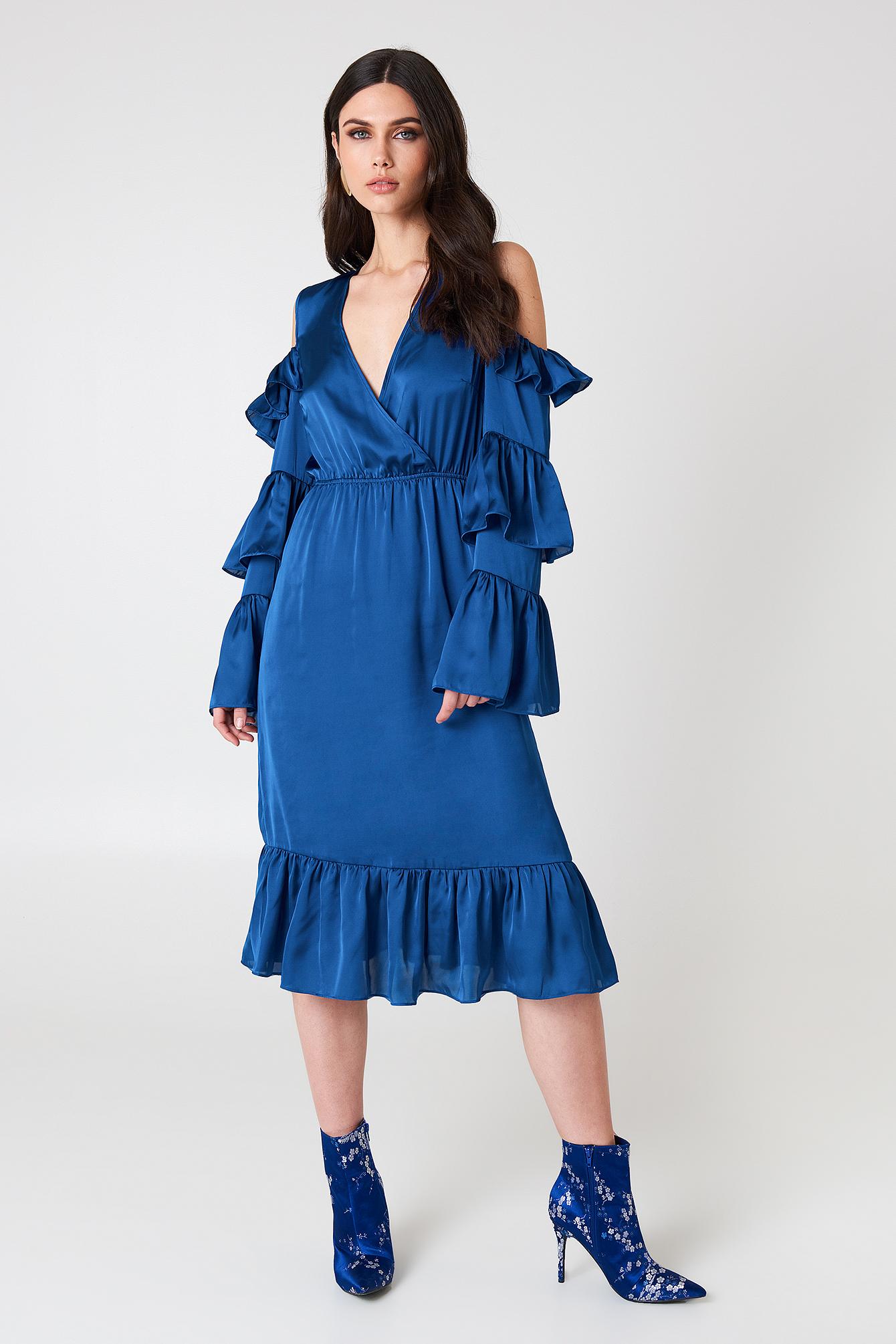 Cold Shoulder Ruffle Midi Dress NA-KD.COM