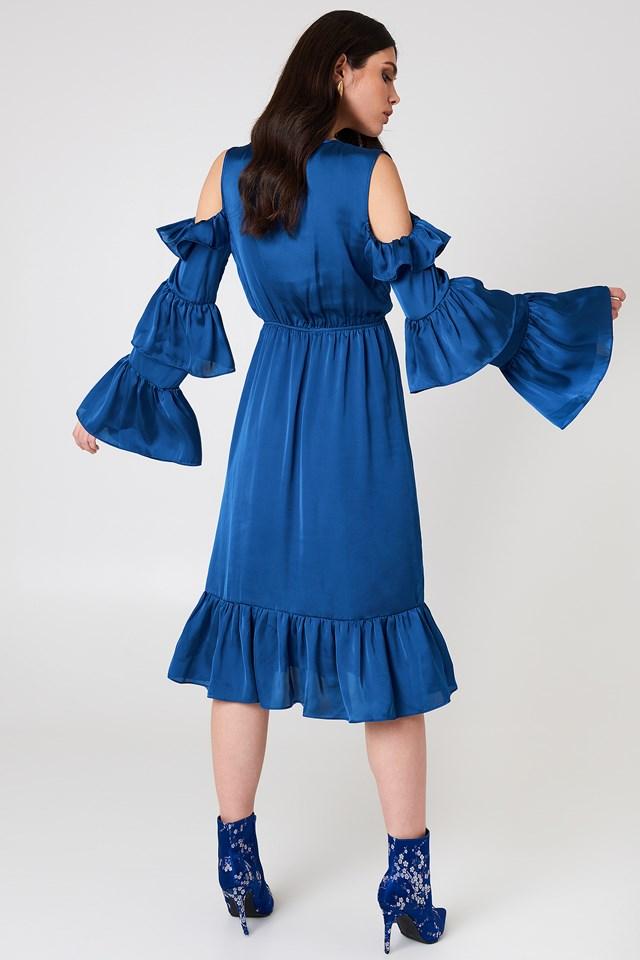 Sukienka midi z odkrytymi ramionami Cobalt