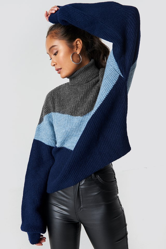Color Blocked Turtleneck Knitted Sweater Grey