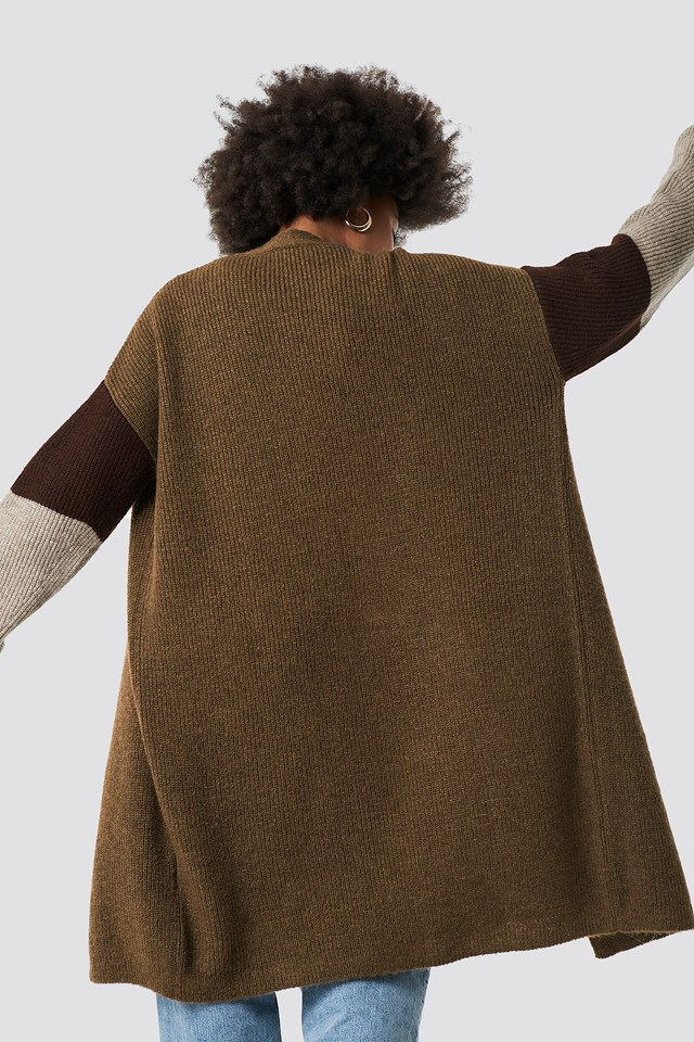 Color Blocked Knitted Cardigan Beige