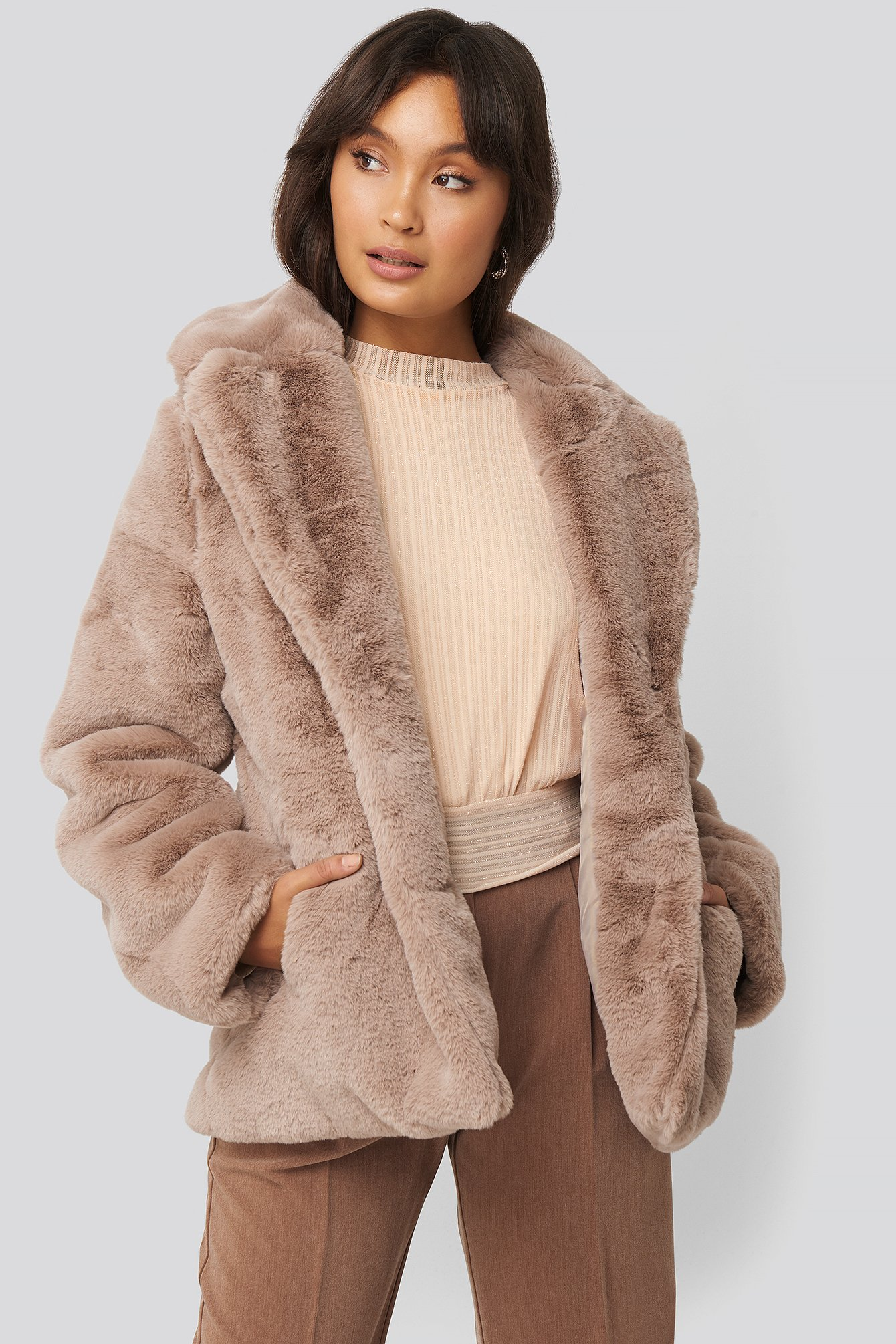 NA-KD Colored Faux Fur Short Coat Dusty Pink