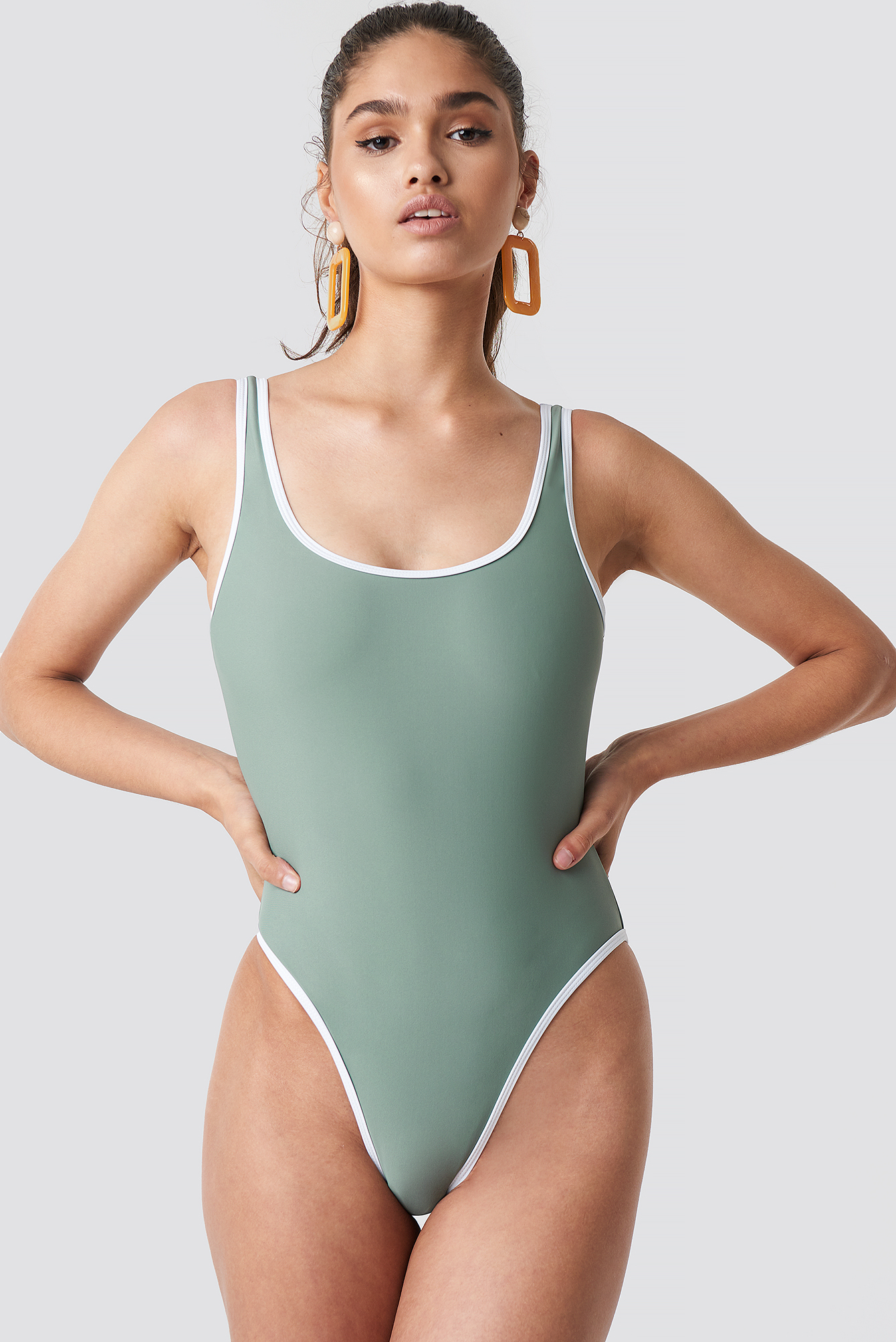 Contrast Edge Swimsuit NA-KD.COM