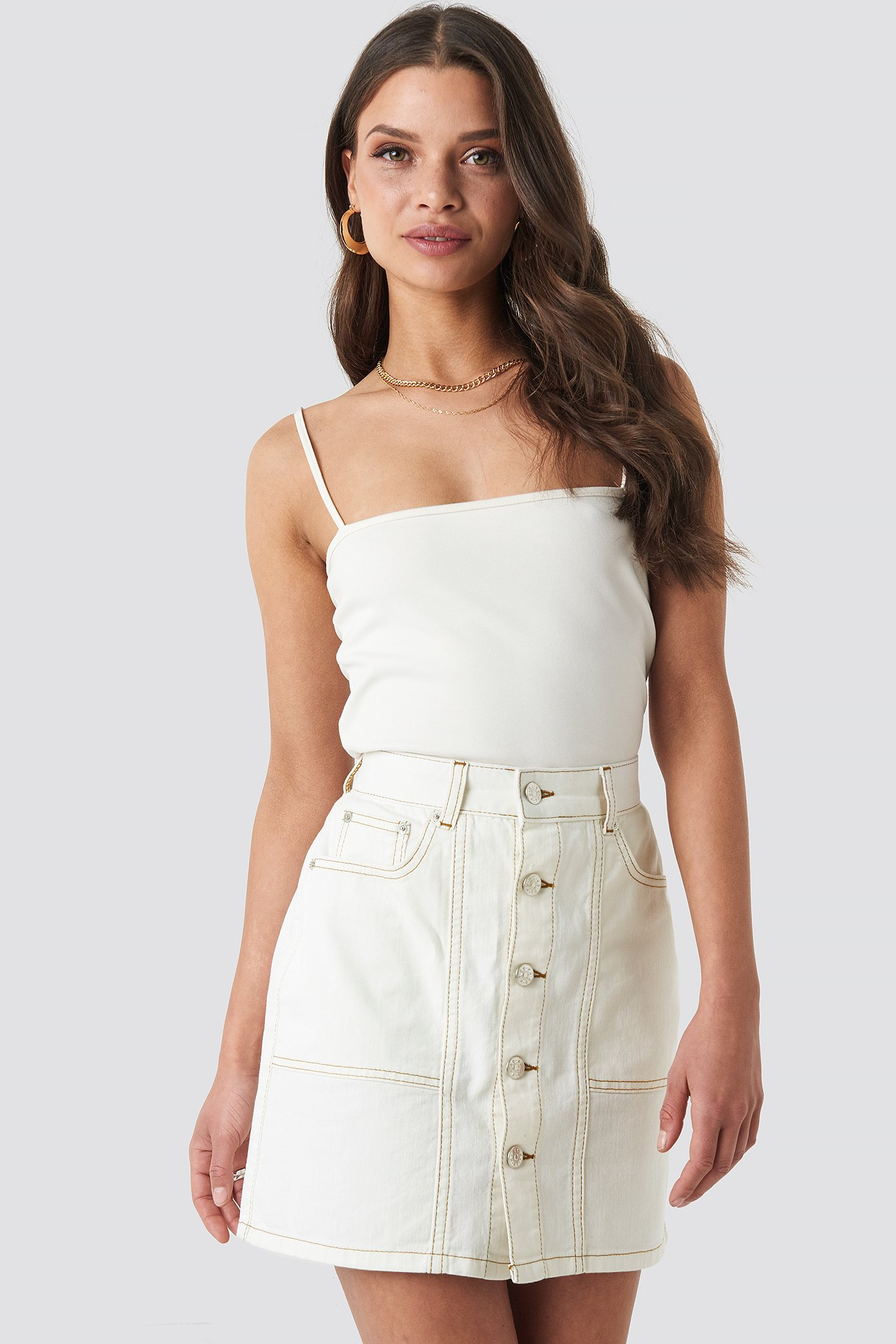 na-kd -  Contrast Stitch Button Up Mini Skirt - Beige