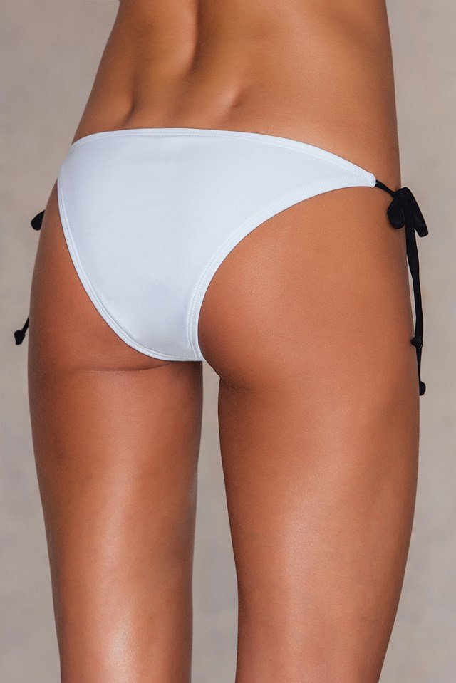 Contrast Strap Triangle Pantie White/Black