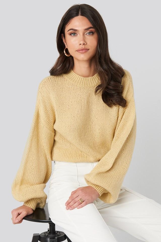 Crew Neck Volume Sleeve Knitted Sweater Light Yellow