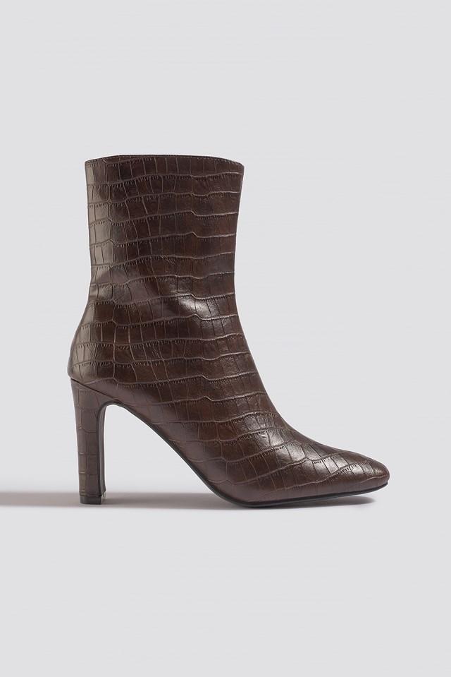 Croco Slim Heel Boots Brown