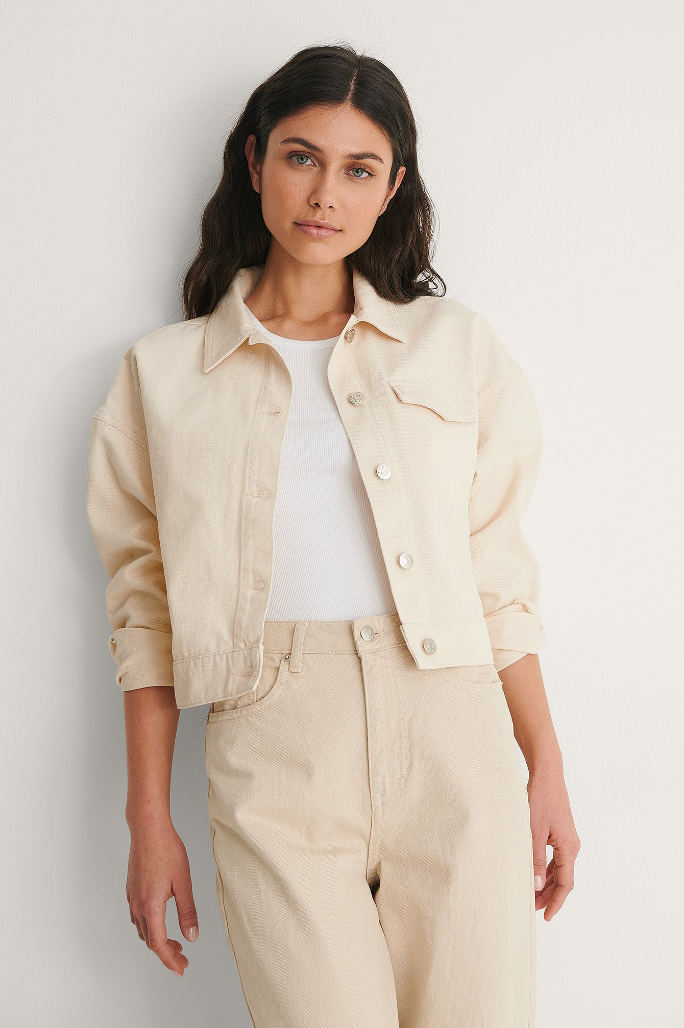 Light Beige Croppad Denimjacka
