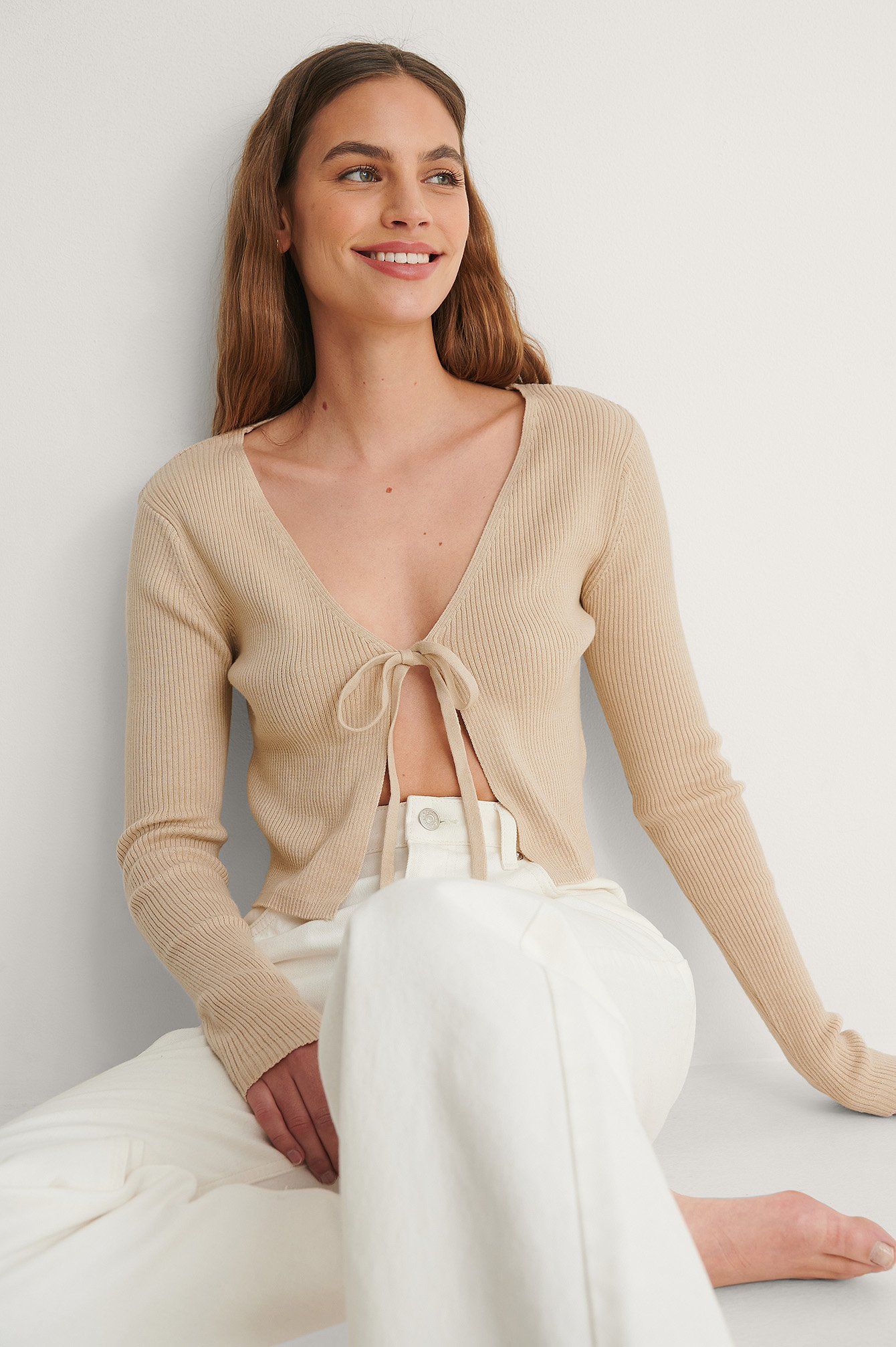 Beige Cropped Knitted Cardigan