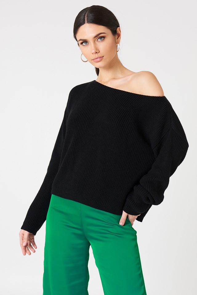 Cropped Knitted Sweater Black