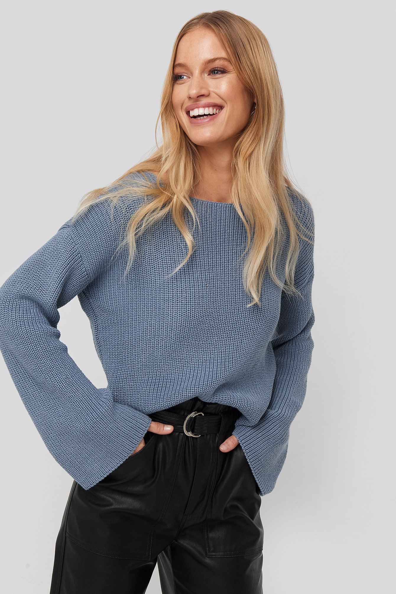 NA-KD Cropped Long Sleeve Knitted Sweater - Blue