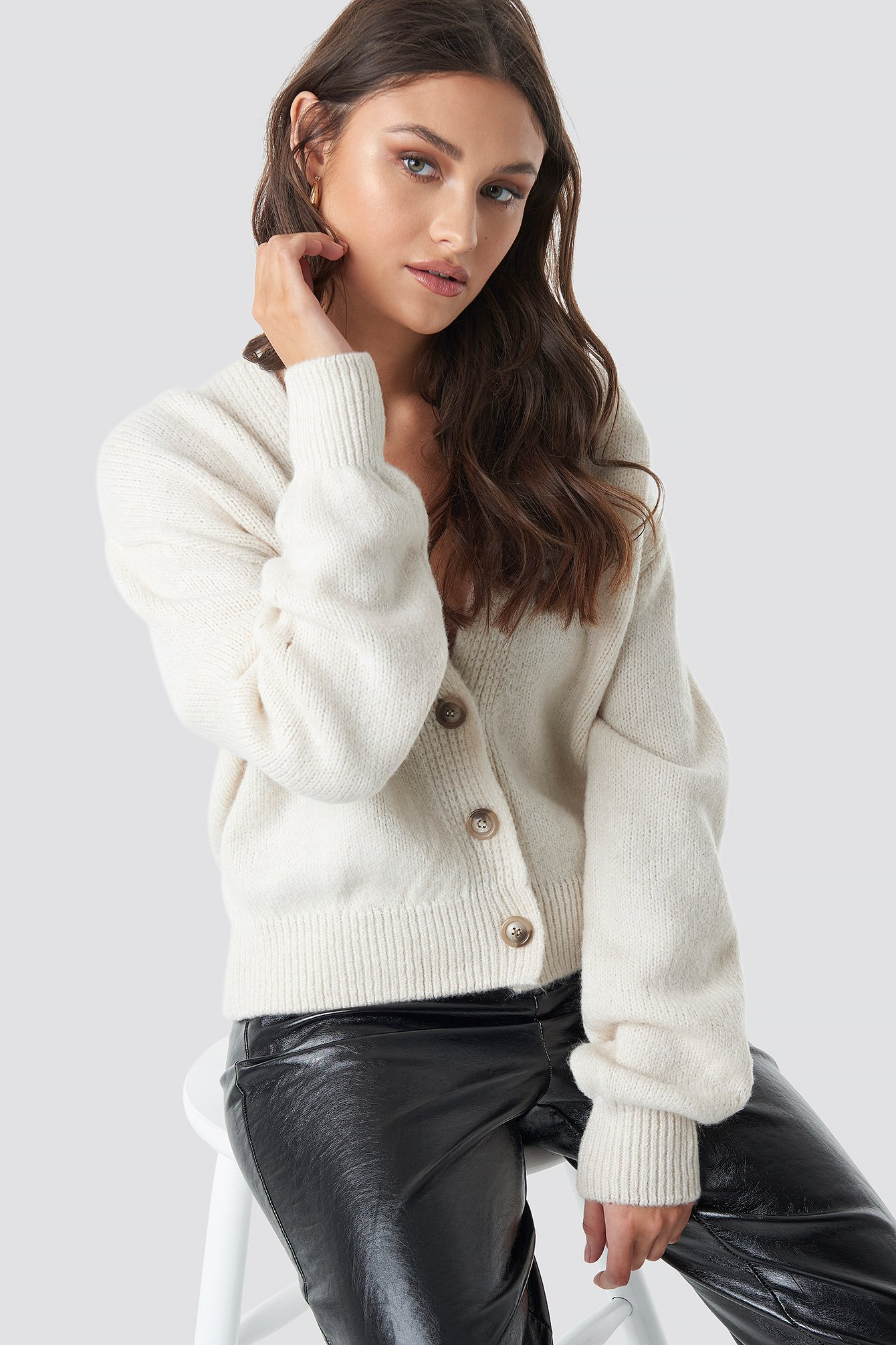 na-kd trend -  Cropped Oversized Cardigan - White