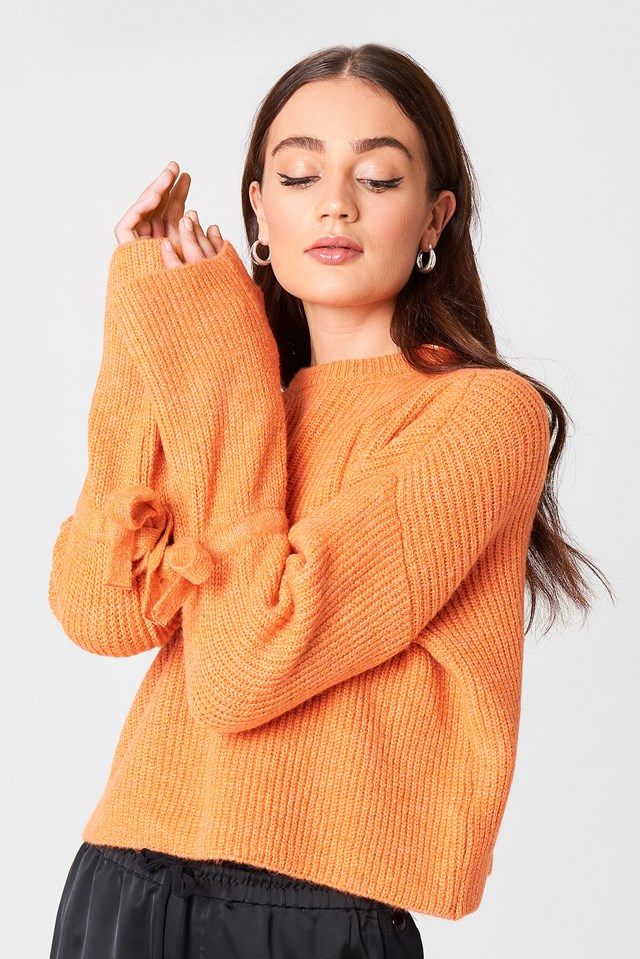 Cropped Tied Sleeve Knitted Sweater Orange