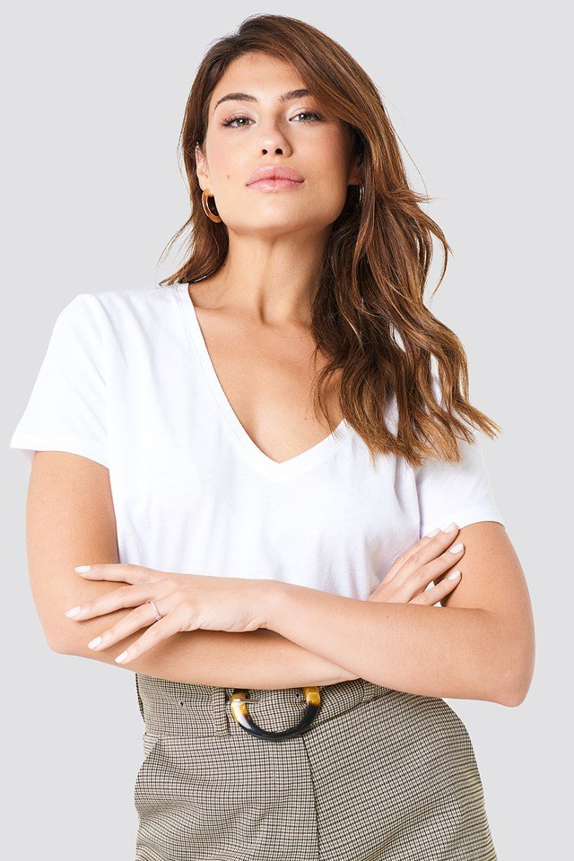 Cropped V-neck Tee NA-KD Basic