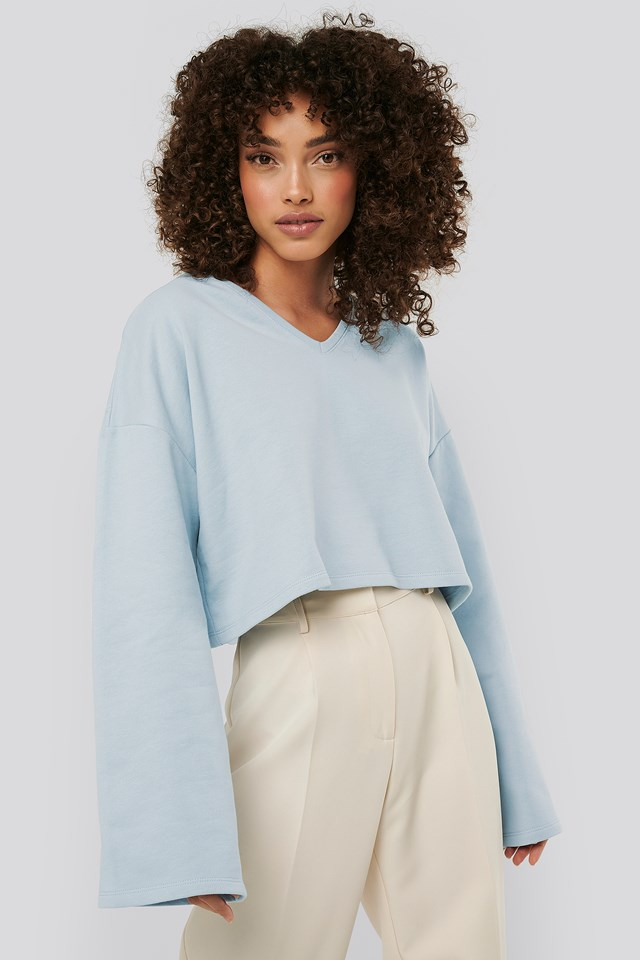 Cropped V Neck Oversized Sweater Light Blue