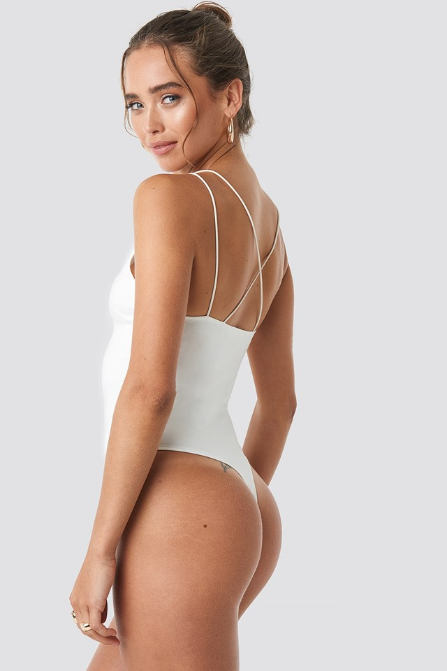Cross Back Body White