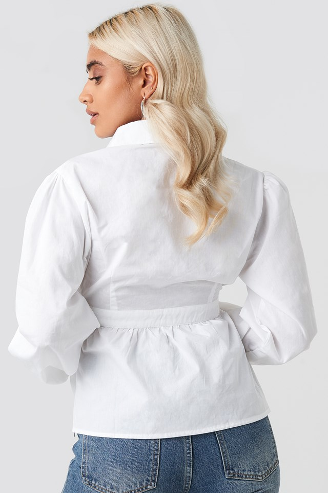 Cup Detailed Cropped Shirt White