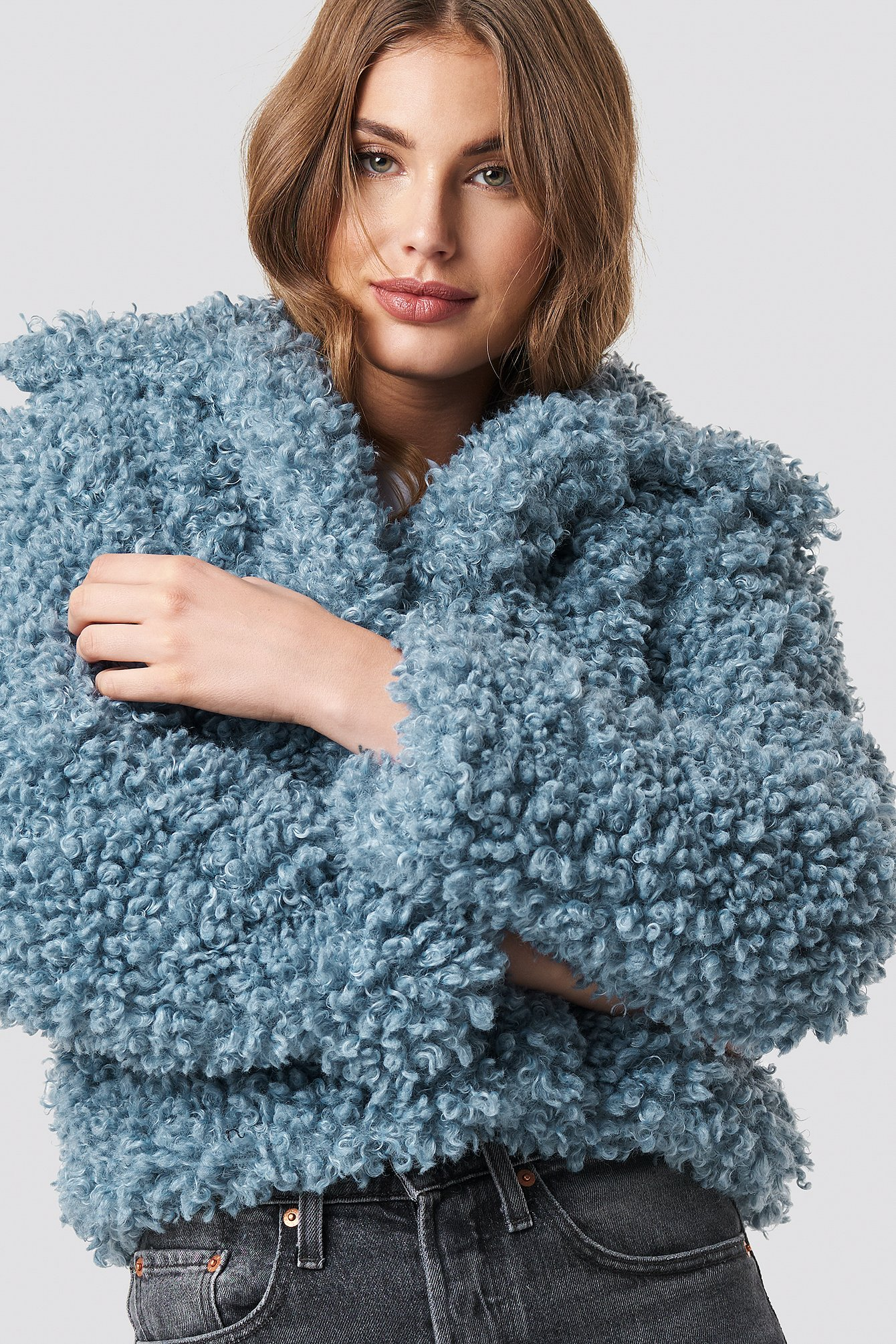 na-kd -  Curly Faux Fur Jacket - Blue