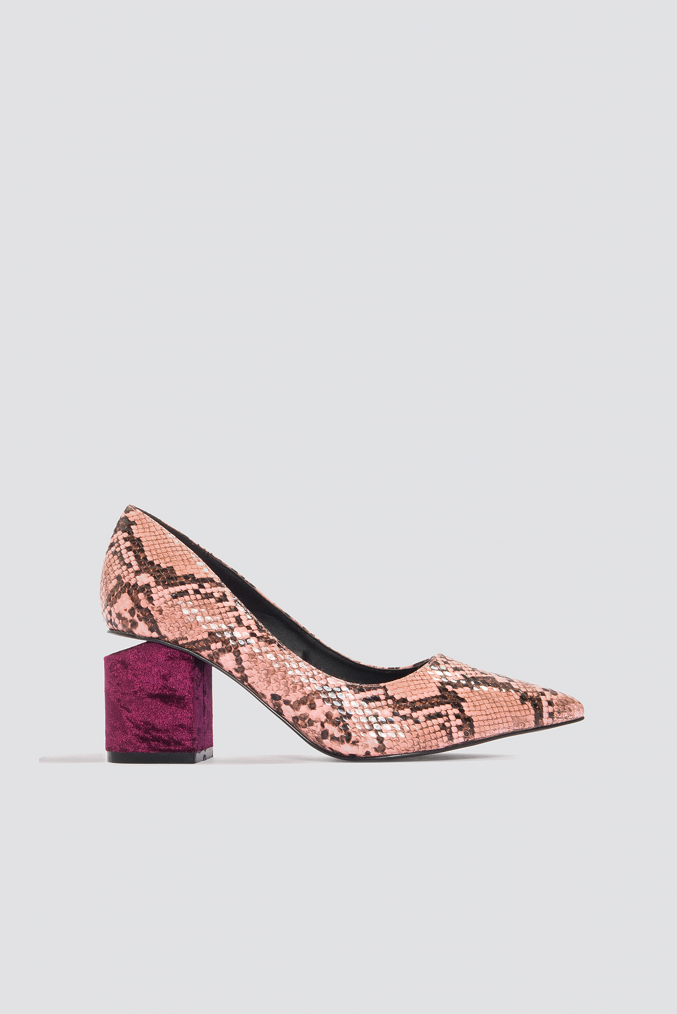 Cut Out Heel Snake Pumps NA-KD.COM