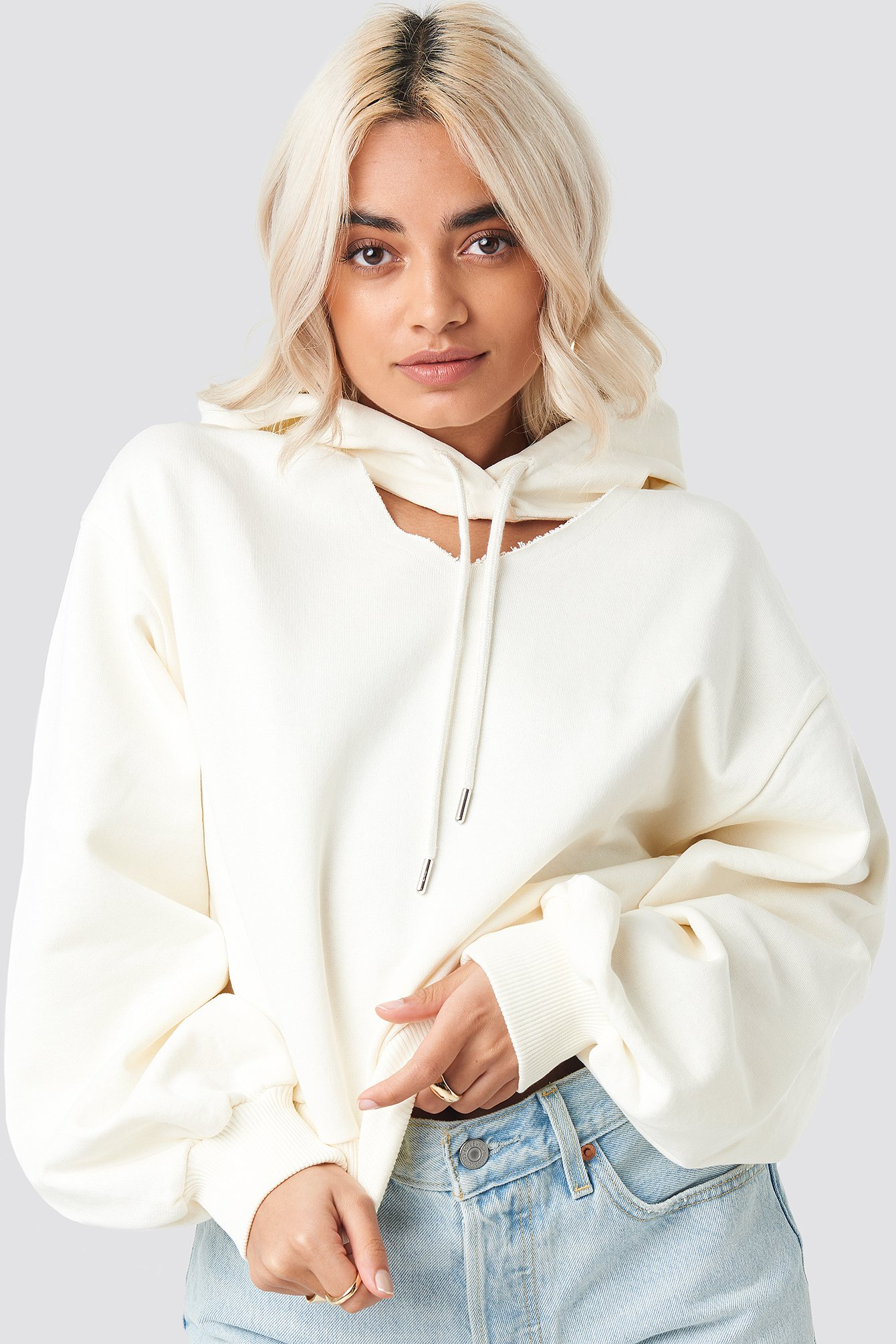 na-kd -  Cut Out Hoodie - White,Nude