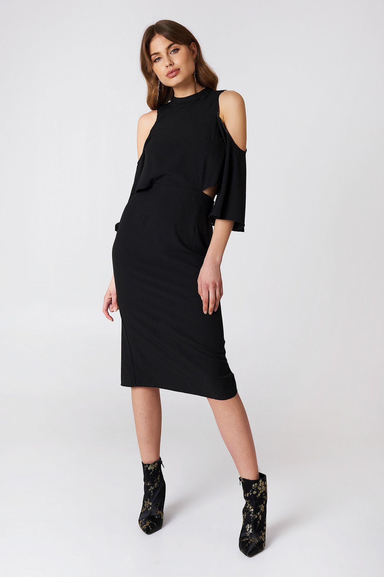Cut Out Tied Neck Dress NA-KD.COM